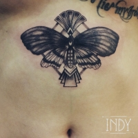 underboobs tattoo butterfly indy artwork tatouage paris artdeco pattern dotwork