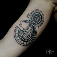 tat tattoo Sekhmet tatouage paris france tattooist tatoueur tatoueuse art bodyart ink inked dot dotwork graphic inker dotworker artist egypte egyptian egyptien lion god godness déesse dieu