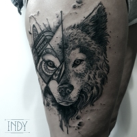 tat tattoo tatouage paris france tattooist tatoueur tatoueuse art bodyart ink inked dot dotwork graphic inker dotworker artist loup wolf pattern geometric head canin wild nature sauvage foret totem