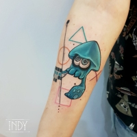 tat tattoo tatouage squids splatoon paris france tattooist tatoueur tatoueuse art bodyart ink inked dot dotwork graphic inker dotworker artist colors colours couleurs graphic composition sur mesure personnalisé personnel geek jeux video games playstation logo control squid graphic