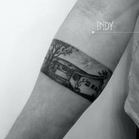 tat tattoo tatouage paris cannes cote d'azur nice france tattooist tatoueur tatoueuse art bodyart ink inked dot dotwork graphic inker dotworker artist pattern motif symbole salon tattooshop blackwork dotwork paysage bracelet maison landscape house forearm