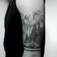 tat tattoo tatouage paris france tattooist tatoueur tatoueuse art bodyart ink inked dot dotwork graphic inker dotworker artist pattern motif symbol minimalist blackwork foret forest nature landscape paysage tree arbres sapins pins brume mist bracelet